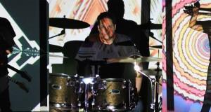 Capturas del videoclip de Pranam Tiempos